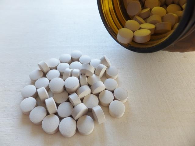大量の錠剤