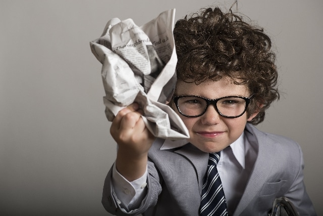 怒る子供イメージ